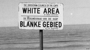 Südafrika: Hauptsache, die Juden sind schuld