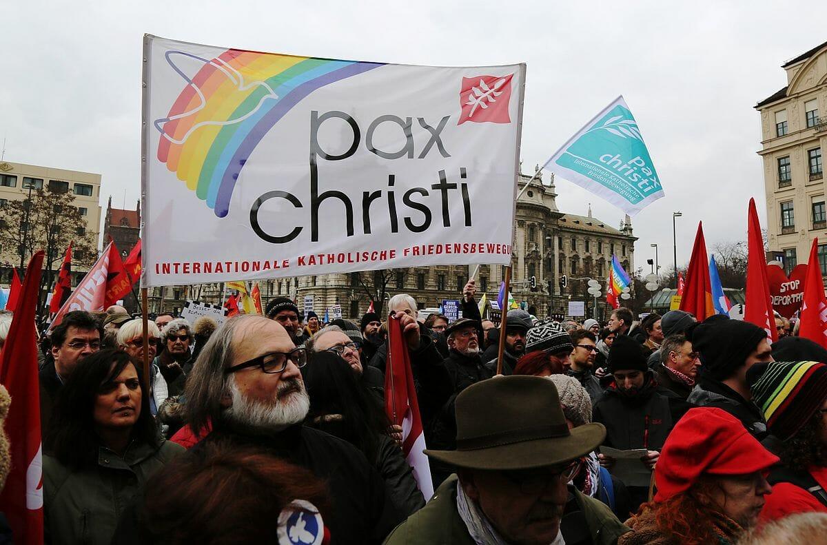 Das unheilbar gute Gewissen von Pax Christi
