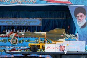 Iran präsentiert neue Raketen, die Atomsprengköpfe tragen könnten