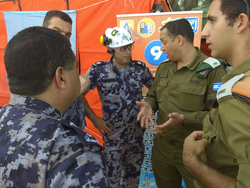 Wo Israel und Palästinenser zusammen gegen Katastrophen kämpfen