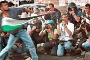 Medien über Jerusalem: Ersatz fürs richtige Blutvergießen