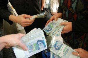 Der Verfall des Rials hat die iranische Mittelschicht erreicht