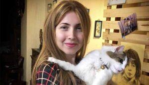 Iran: Antikopftuch-Aktivistin zu zwei Jahren Gefängnis verurteilt