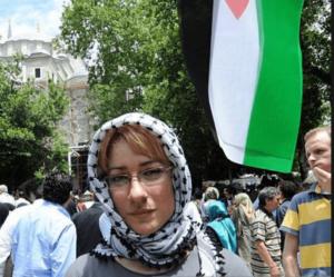 Warschauer-Ghetto-Schänderin tritt auf Pro-Corbyn-Veranstaltung auf