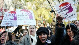 Häusliche Gewalt: In der Türkei werden monatlich 20 Frauen totgeschlagen
