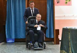 Algeriens Präsident Bouteflika verzichtet auf fünfte Amtszeit