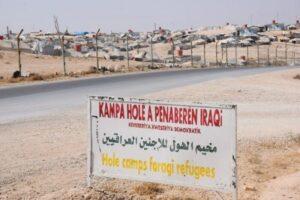 IS-Frauen greifen Wachen in Flüchtlingslager an