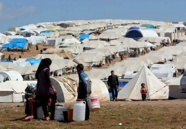 Libanon droht, syrische Flüchtlingszelte abzureißen