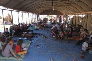 Vertriebene Jesiden in Kurdistan fordern Verbesserung ihrer Lage