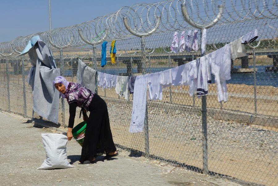 Türkei und Libanon versuchen, syrische Flüchtlinge zu vertreiben