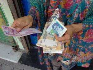 Der Iran plant Neuauflage seiner Währung