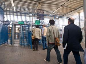 """Mutter zu israelfeindlicher Abgeordneter: """"Checkpoints retten Leben"""""""
