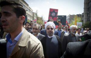 Hassan Rohani auf dem alljährlichen al-Quds-Marsch in Teheran