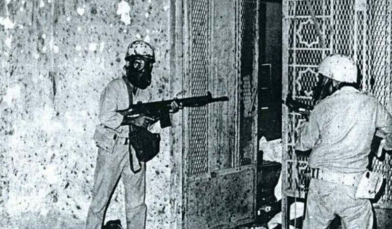 Saudische Soldaten bei der Rückerborung der Großen Moschee