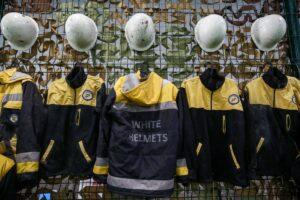 Uniformen der syrischen Weißhelme