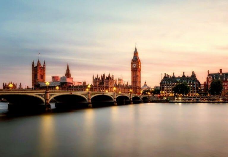 Blick auf Big Ben und das Parlament (Quelle: Pixabay)