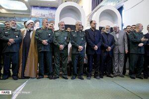 Abu Mahdi al-Muhandis, Gründer der Kataib Hisbollah (zweiter von rechts), neben ihm Qassem Soleimani, Kommandeur der Quds-Brigaden der iranischen Revolutionsgarden (Hossein Velayati/CC BY 4.0)