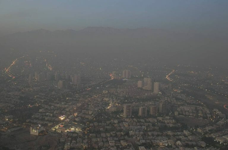 Smog über Teheran (imago images/Xinhua)
