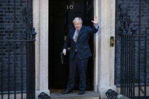 Boris Johnson auf dem Weg zu seiner Ansprache nach dem Sieg bei den britischen Parlamentswahlen