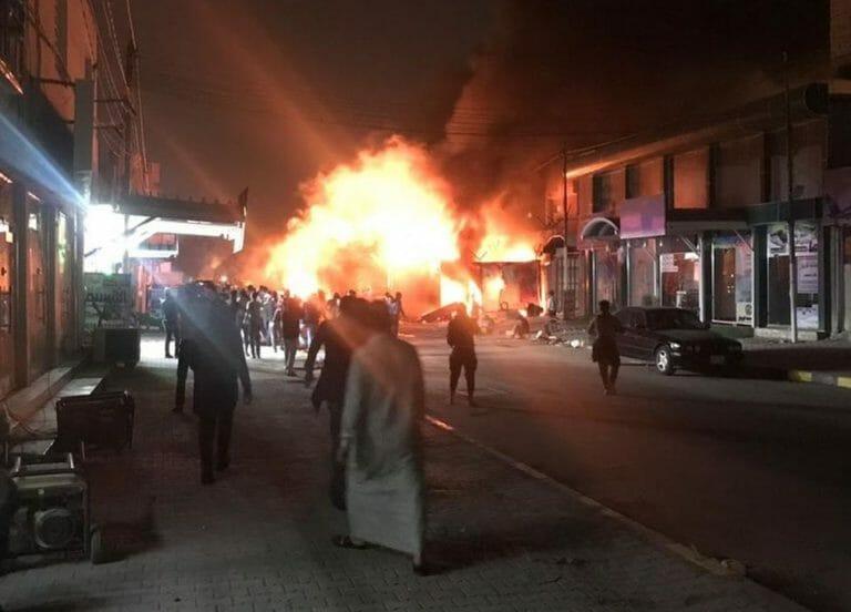 Das brennende iranische Konsulat in Nadschaf