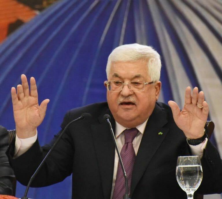 "Anstatt über dessen Vorschläge zu verhandeln, beschimpft Mahmud Abbas den US-Präsidenten als ""Hundesohn"". (imago images/UPI Photo)"