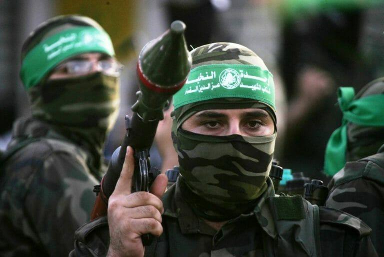 """Hamas-Kämpfer in Gaza. Die palästinensische Führung will der EU weismachen, dass die Hamas nur eine """"politische Partei"""" sei. (imago images/ZUMA Press)"""
