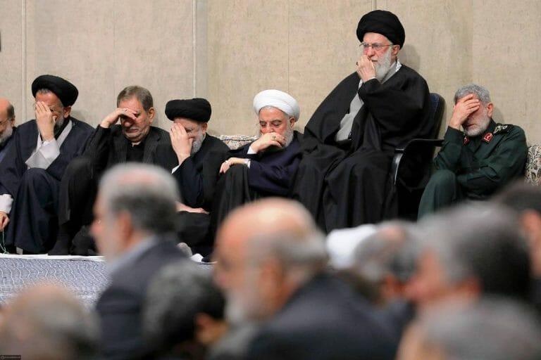 """Nicht nur die iranische Führung um Khamenei und Rohani trauert um Terror-General Soleimani - auch im schiitischen Zentrum in Wien findet eine Trauerfeier statt. Das Zentrum ist Teil der der """"Islamischen Glaubensgemeinschaft in Österreich"""". (imago images/ZUMA Press)"""