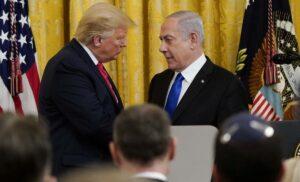 Bei einem gemeinsamen Auftritt mit Israels Premier stellte US-Präsident Trump seinen Plan für Frieden vor (imago images/UPI Photo)