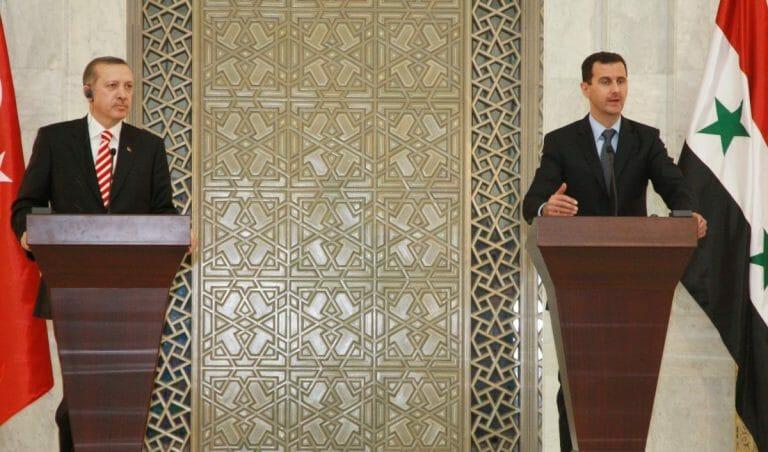 Der tükische Präsident Erdogan und sein syrischer Amtskollege Assad im Jahr 2009