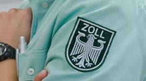 Deutsche Zollfahnder warnen vor Waffenschmuggel in den Iran