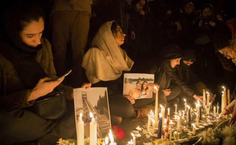 Trauerkundgebung für die Opfer des Fleugzeugabschusses im Iran