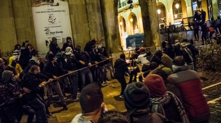 Proteste in Beirut nach der Ernennung der neuen Regierung