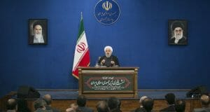 Irans Präsident Rohani auf einer Pressekonferenz in Teheran
