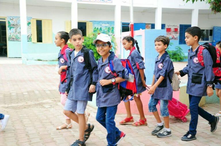Schulkinder in Tunesien