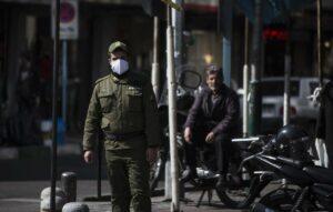 Die übliche Antworten des Regimes funktionieren im Fall der Corona-Epidemie nicht. (imago images/Xinhua)