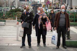 Während sich Menschen in Teheran zu schützen versuchen, wurde der stellvertretende Gesundheitsminister positiv auf den Coronavirus getestet. (imago images/ZUMA Press)