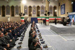 In der islamistischen Diktatur im Iran liegt die Macht in den Händen des obersten religiösen Führers (imago images/ZUMA Press)