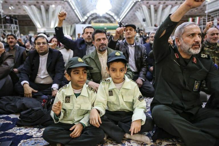 Feierlichkeiten zum Revolutionstag im Iran