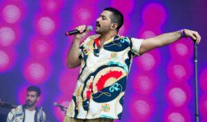 Der offen homosexuelle Sänger Hamed Sinno der libanesischen Indie-Rockband Mashrou' Leila