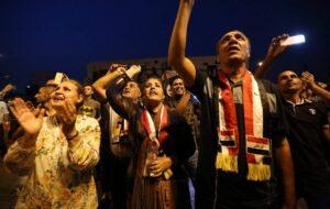Demonstration auf dem Tahrir-Platz in Bagdad