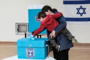 Am Montag wählten Israelis zum dritten Mal binnen eines Jahres. (imago images/ZUMA Press)
