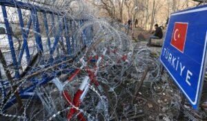 Flüchtlinge an der Grenze zwischen der Türkei und Griechenland