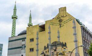 Die Hamburger Centrum-Moschee, in der der Leiter des Al-Azhari-Instituts als Referent für Koranwissenschaften auftrat