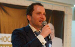 Der Vorsitzende der Refah-Partei Fatih Erbakan