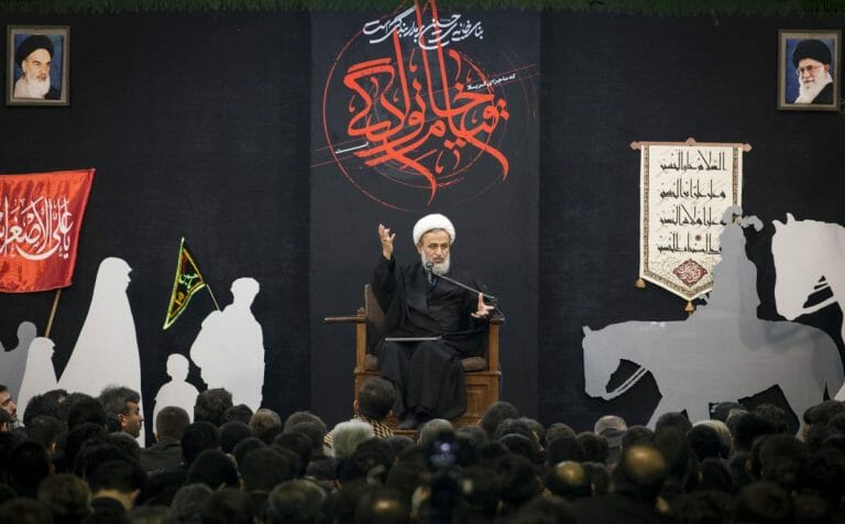 Der dem Obersten Führer Khamenei nahestehende Kleriker Alireza Panhian