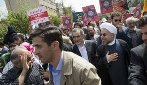 Irans Präsident Rohani auf dem antisemitischen Al-Quds-Marsch in Teheran