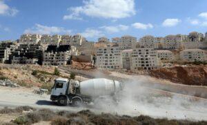 Bautätigkeit in israelischer Siedlung