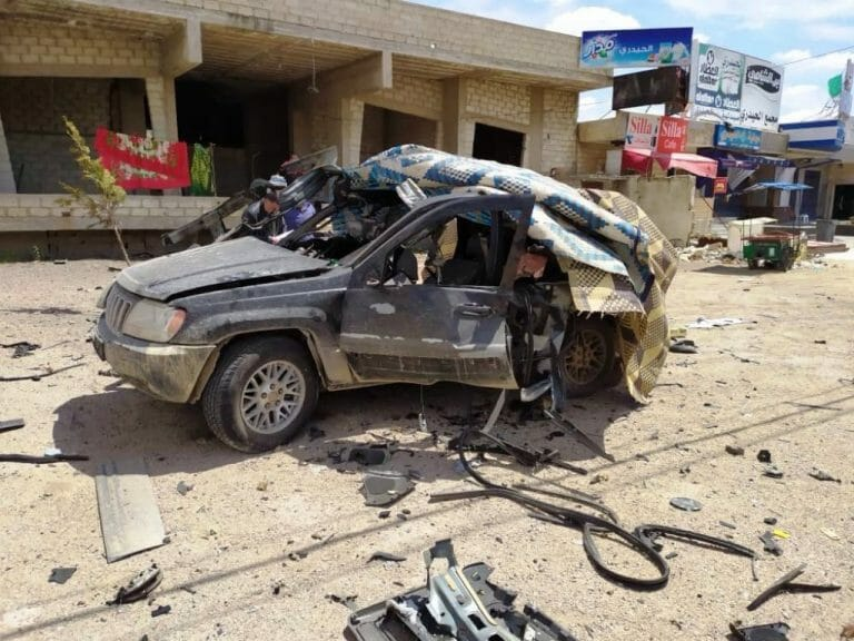 Überreste des Autos, mit dem Hisbollah-Kommandant Mustafa Mughniyeh unterwegs war. (Mete Sohtaoğlu/Twitter)