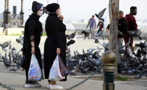 Die algerische Regierung führte nur schrittweise Corona-Ausgangssperren ein