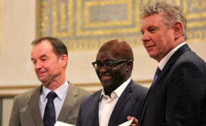 Schützen Auszeichnungen vor Antisemitismus? Achille Mbembe bei der Verleihung des Geschwister-Scholl-Preises 2015